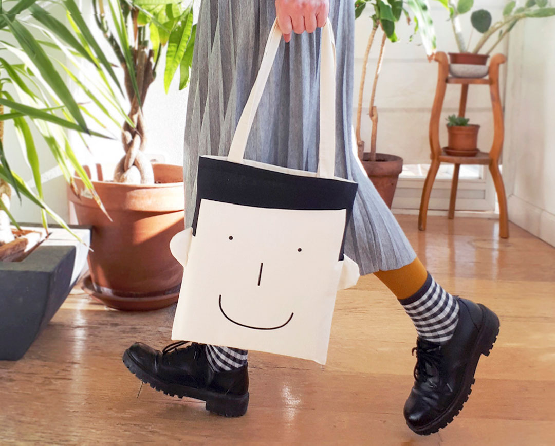 fun tote bag sam in black